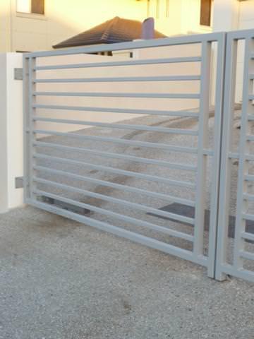 driveway_gate02_mini