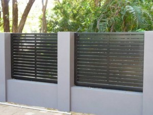 Five Advantages of Backyard Privacy Screens