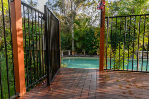 Aluminium Post Pool Fence